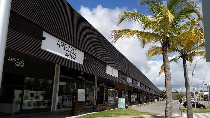 adc3e8616 Tommy Hilfiger inaugura primeira loja na Bahia · Outlet Premium Salvador  distribuirá cupons de descontos neste sábado (21)